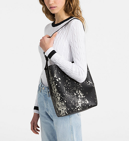 CALVINKLEIN Reversible Bucket Bag - BLACK SPLASH PRINT - CALVIN KLEIN HOBO BAGS - detail image 1