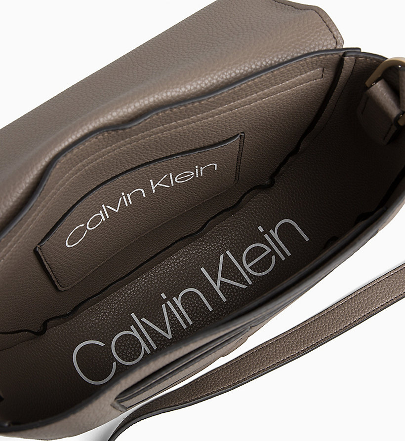 CALVIN KLEIN Medium Saddle Bag - BLACK - CALVIN KLEIN WOMEN - detail image 2