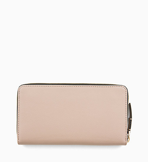 CALVINKLEIN Large Zip-Around Wallet - TOBACCO - CALVIN KLEIN WOMEN - detail image 1