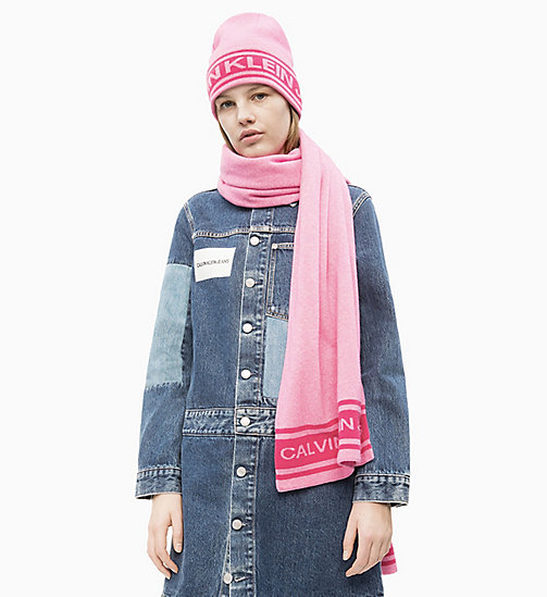 CALVIN KLEIN JEANS Beanie and Scarf Gift Set - BEGONIA PINK -  NEW IN - main image