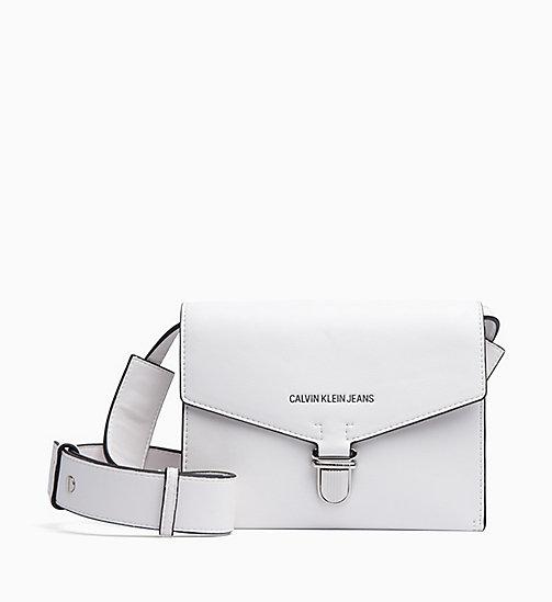 067b563e1a2425 NOUVEAU CALVIN KLEIN JEANS Sac bandoulière enveloppe - BRIGHT WHITE - CALVIN  KLEIN JEANS NOUVEAUTÉS - image ...